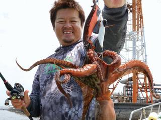マダコ&キス絶好調!どっちも狙える東京湾のおいしいリレー釣り!