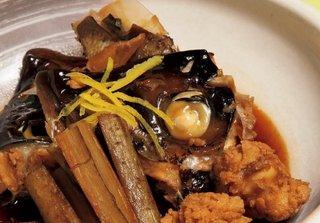 [細山和範の花板指南、動画で見られる魚料理の真髄(第5回)]カンパチのあら煮