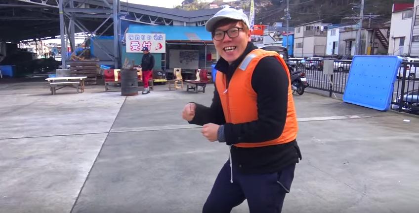 ヒカキンさんが釣りに初挑戦!!年収億超えの人気YouTuberがアジとタイを爆釣り!!!