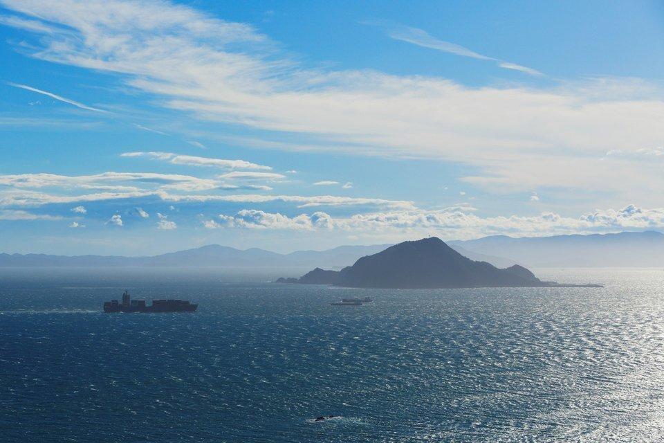 伊良湖水道 神島 画像