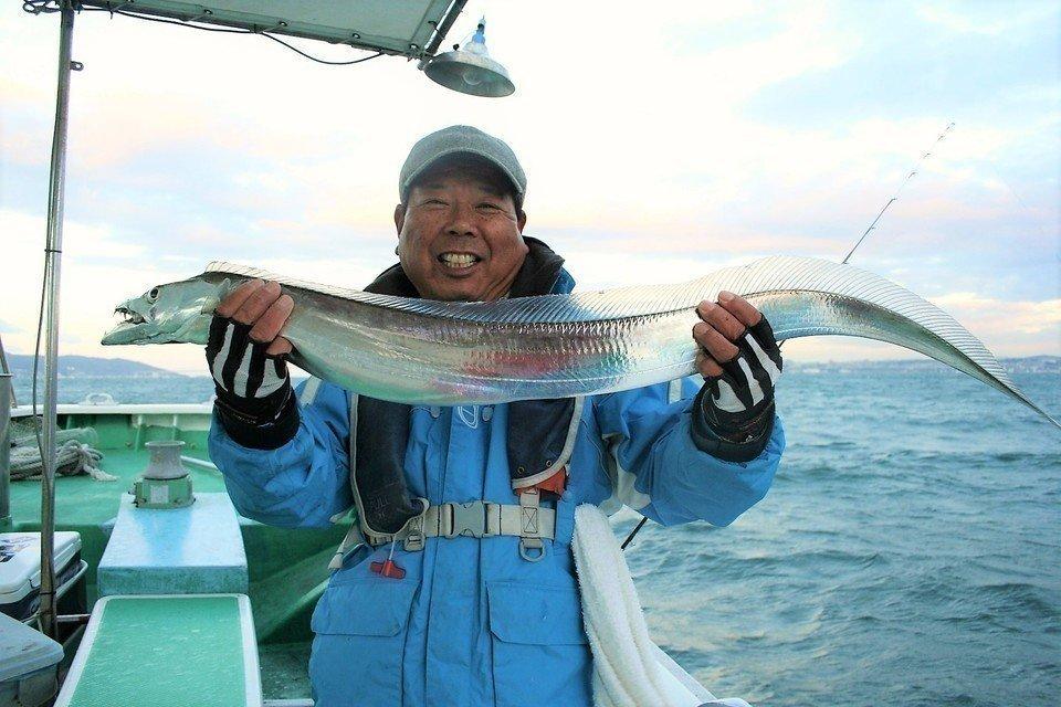 おもしろタチウオ生態学!生息域・性質・習性など・・タチウオを釣るために知っておくべき情報を一挙ご紹介!