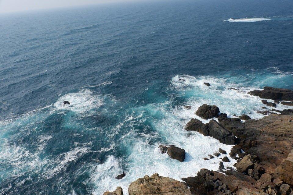 日本海 潮 写真
