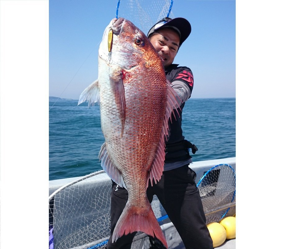 釣り人 マダイ 写真