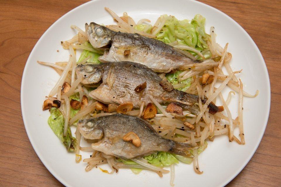 魚 料理 写真