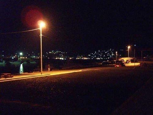 常夜灯 防波堤 夜空 写真