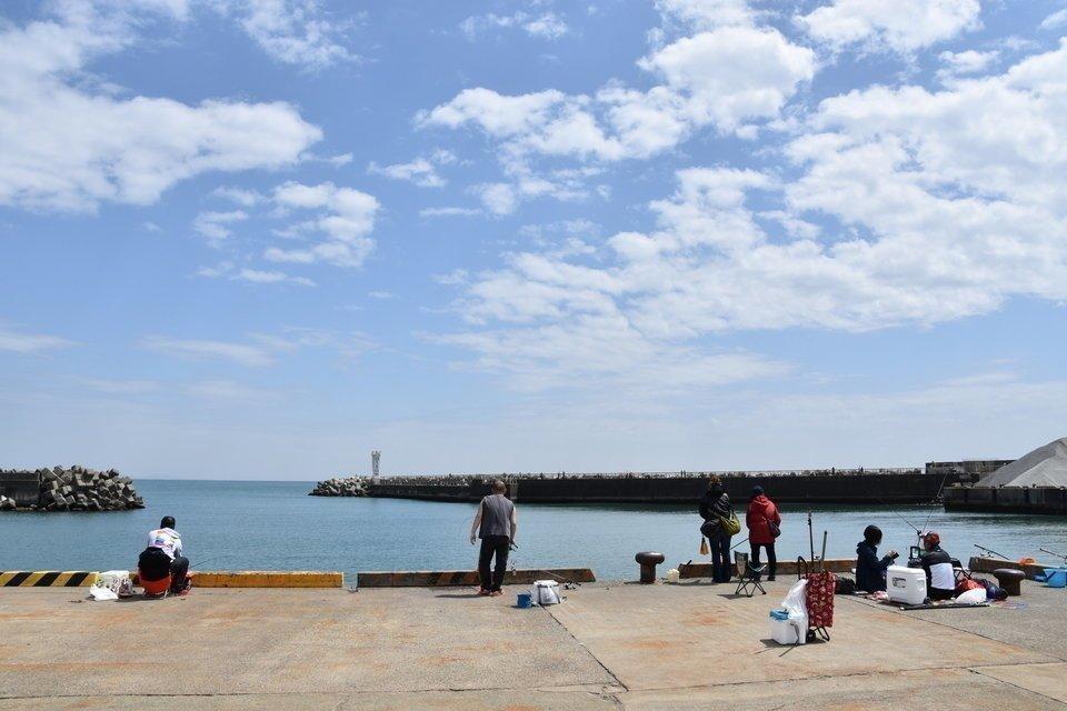 漁港 釣り 海 堤防