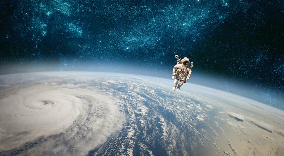 宇宙 地球 宇宙飛行士 写真