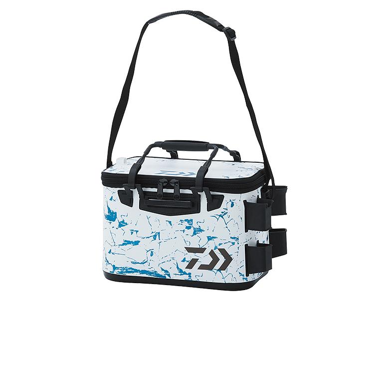 LTタックルバッグD(A)は2019年新発売のロッドスタンド付き軽量タックルバッグ!