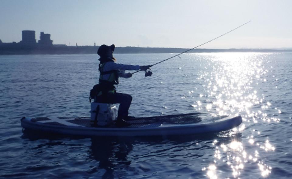 SUP ロッド 釣り人 写真