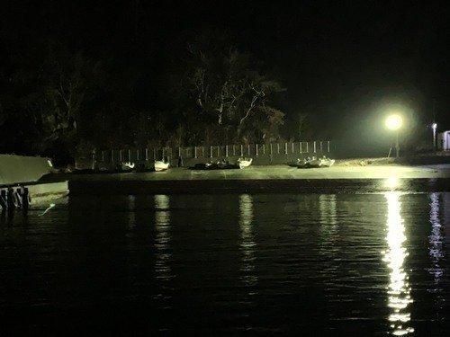 常夜灯 夜空 漁港 船 写真