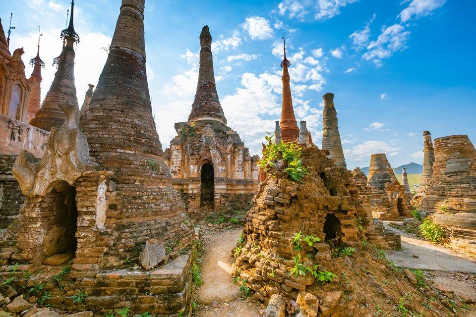 インディン遺跡 インレー湖 ミャンマー 写真