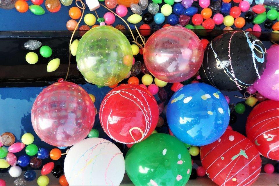 水風船 スーパーボール 水 写真
