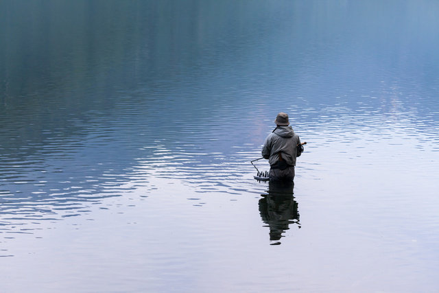 フライフィッシング 川 渓流釣り テンカラ