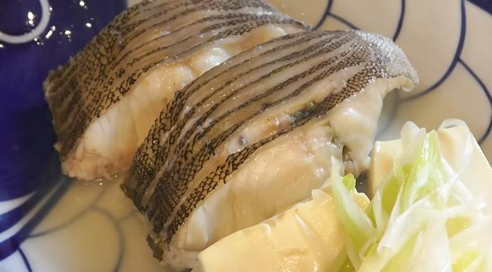 魚料理のアップ写真